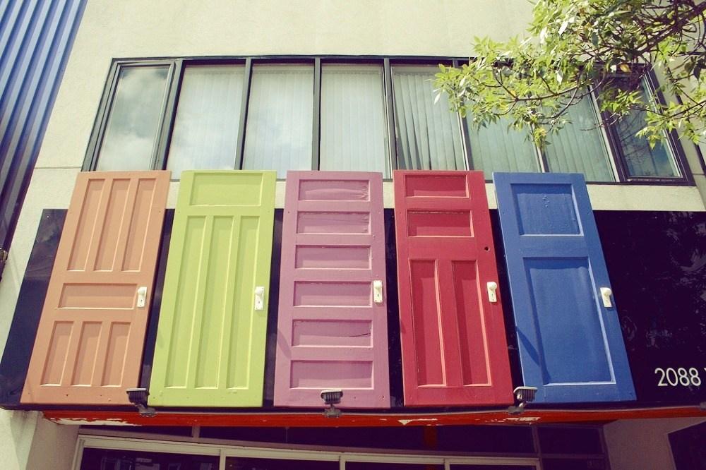 Five Doors North (2088 Yonge Street)